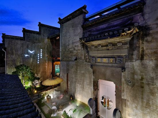 黄山+西递宏村+新安江山水画廊+徽州古城4日3晚跟团游